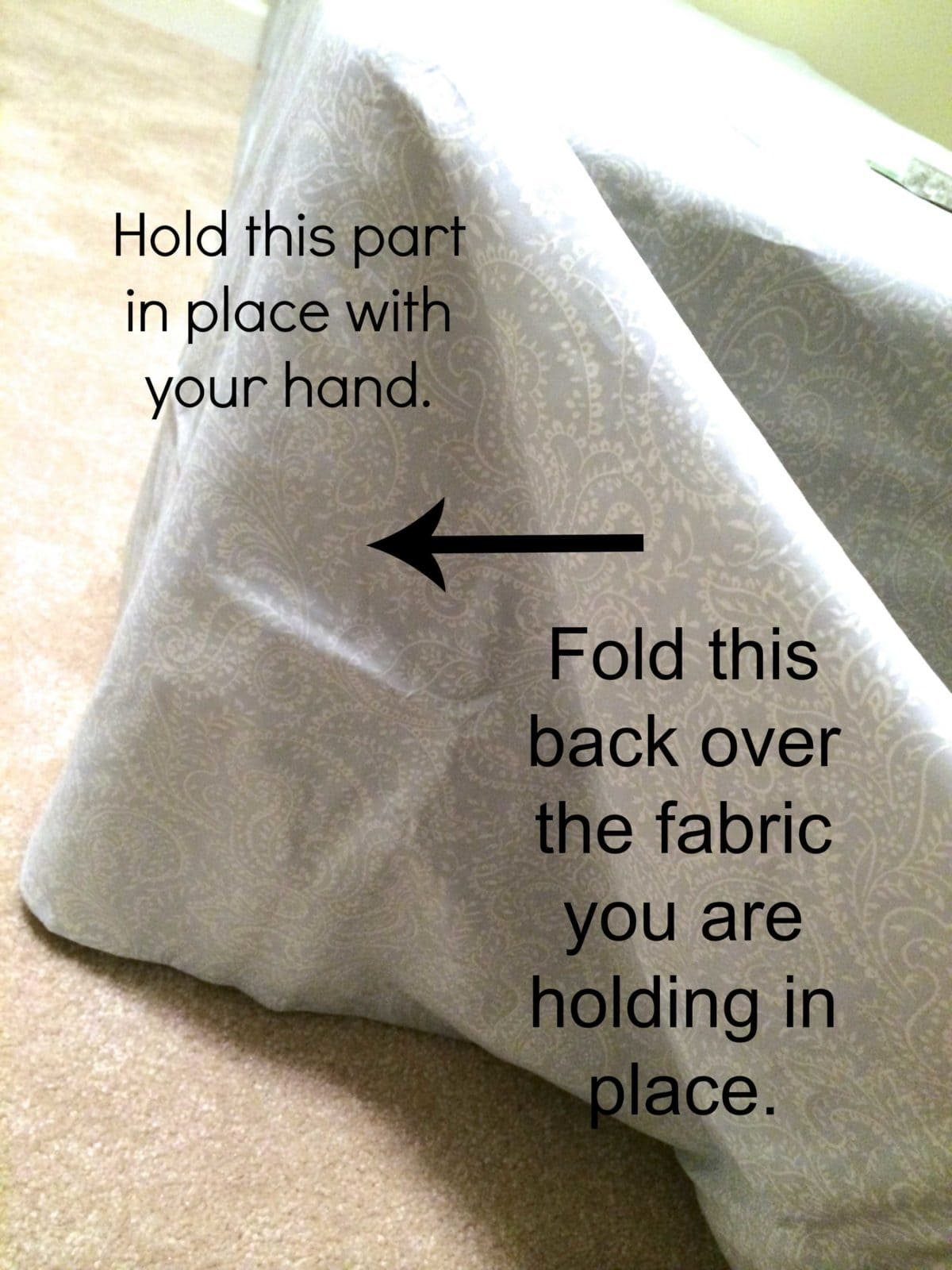 Marvelous Make a bed skirt with NO SEWING and NOT CUTTING No sew bedskirt tutorial