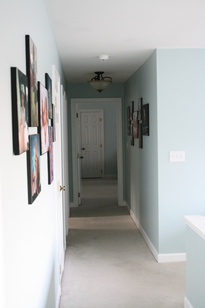 DIY Photo Canvases by Designer Trapped in a Lawyer's Body {www.designertrapped.com}