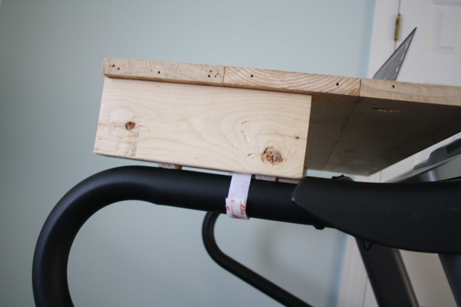 DIY Treadmill Desk- Full Tutorial by Designer Trapped in a Lawyer's Body {www.designertrapped.com}
