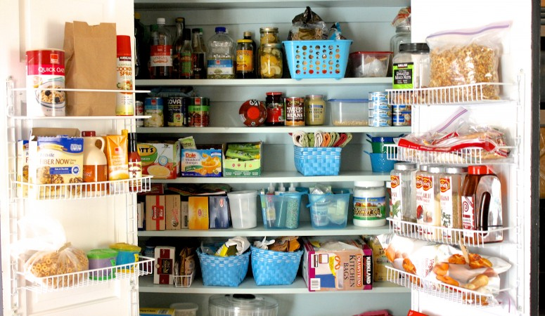 Pantry Organization Ideas by Designer Trapped in a Lawyer's Body {www.designertrapped.com}