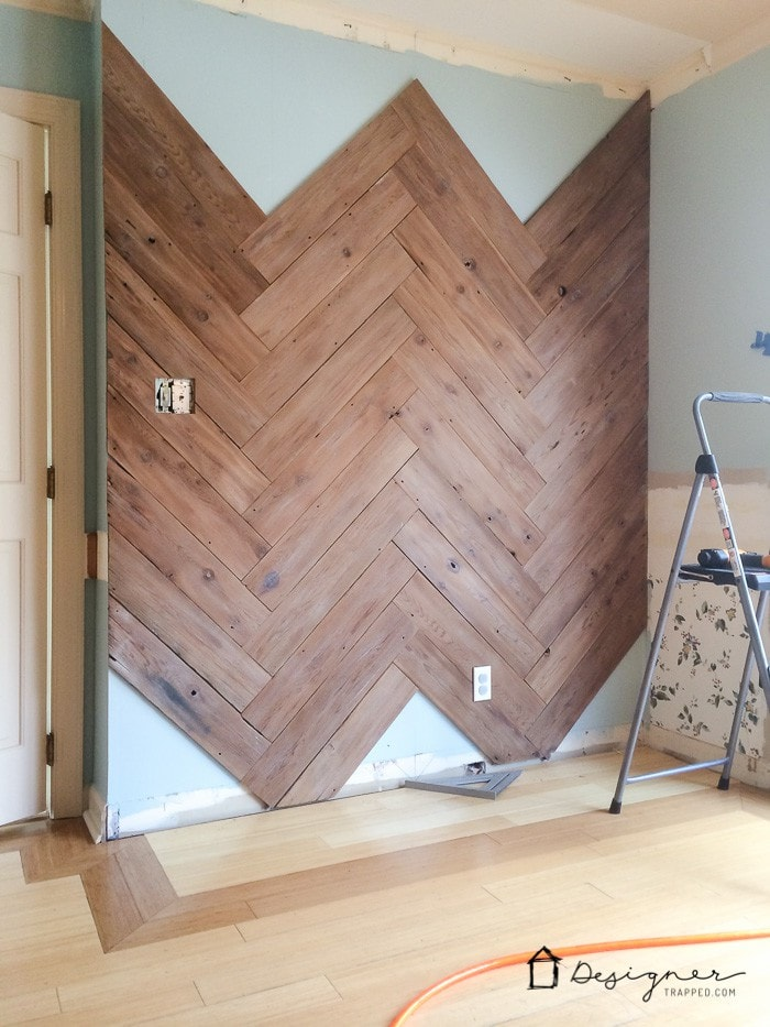 Diy Herringbone Plank Wall Upcyled From An Ugly Old