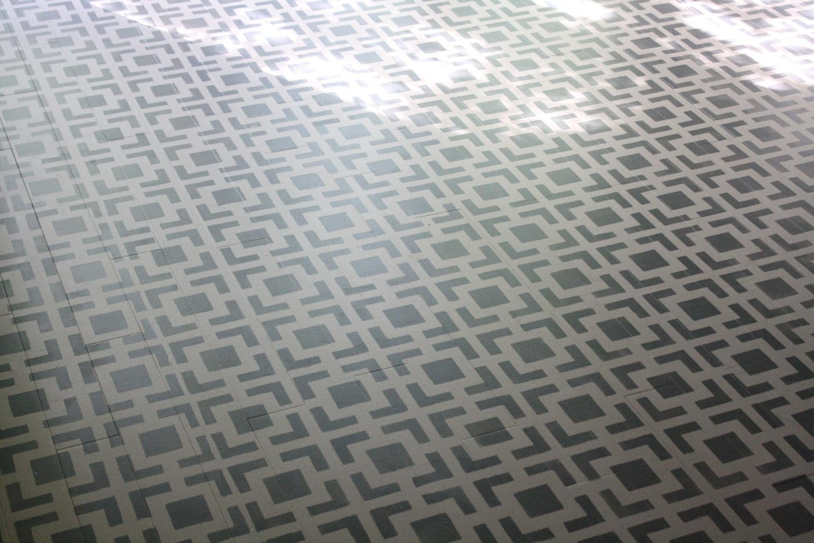 G.O.R.G.E.O.U.S. Painted Kitchen Floor By Designer Trapped In A Lawyeru0027s