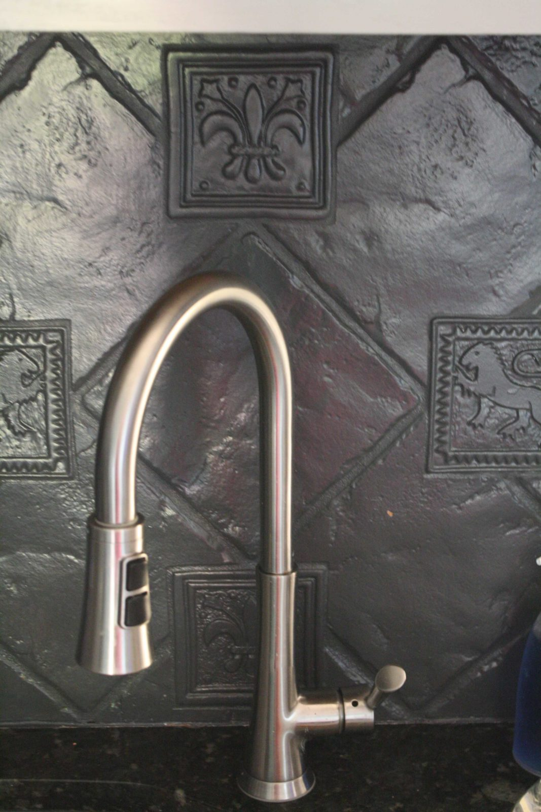 How to paint a tile backsplash my budget solution designer trapped you can paint your tile backsplash talk about a thrifty update full tutorial by dailygadgetfo Choice Image