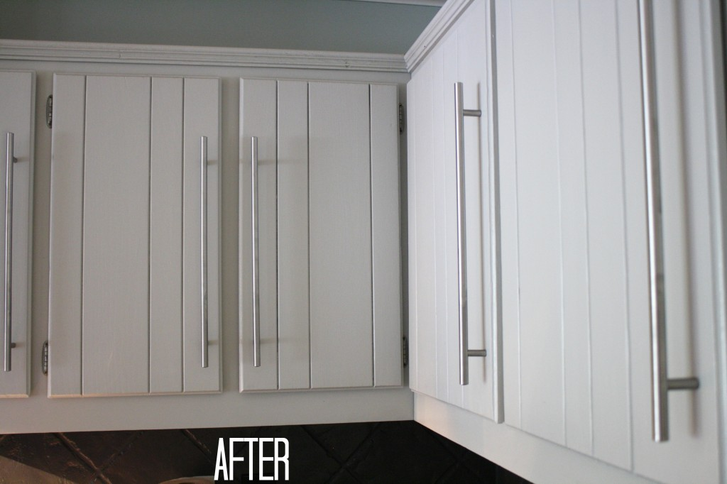How to paint kitchen cabinets without sanding or priming for Paint kitchen cabinets white without sanding