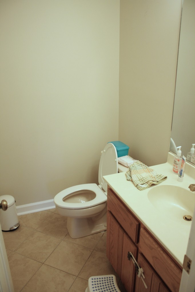 AWESOME powder room ideas by Designer Trapped in a Lawyer's Body! #powderroom