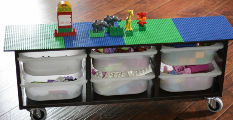 DIY Lego Table on Remodelaholic!