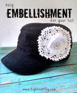 Make a boutique hat with satin flower for less and save money! You'll find the complete tutorial at DIY beautify!
