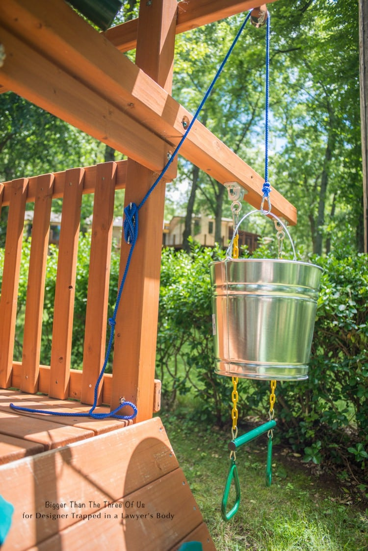 Add a bucket and pulley to a playset in just a few easy steps!