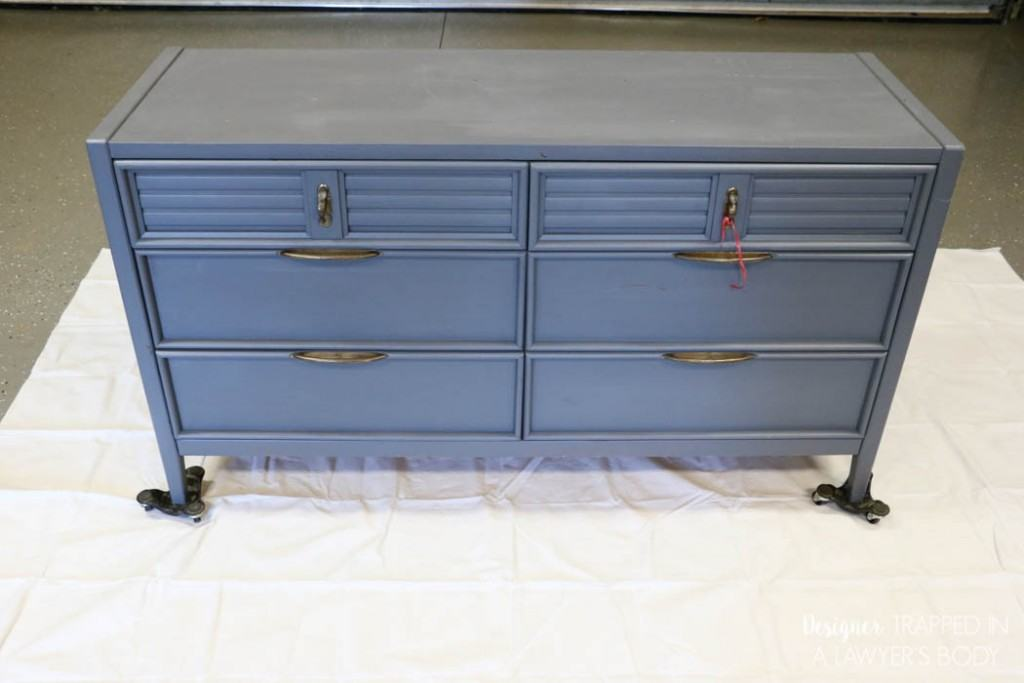 FINALLY a tutorial to show you how to paint a dresser the correct way with the best products for the job! #spon