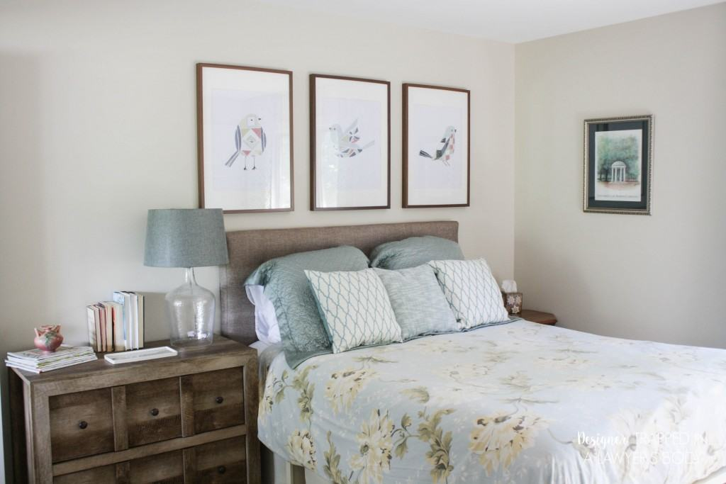 Wow! This blog is full of awesome DIY home decor ideas, like this quick and easy guest room makeover that was done in 1 day and on a budget! Full details at Designer Trapped in a Lawyer's Body.