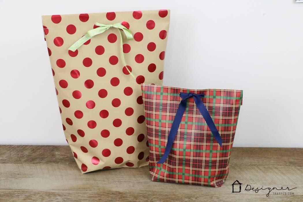 how to make a diy gift bag for christmas designer trapped. Black Bedroom Furniture Sets. Home Design Ideas