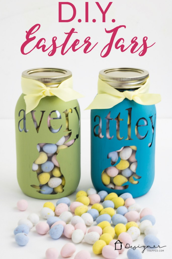 Diy personalized mason jar tutorial designer trapped in a lawyers omg how cute is this personalized mason jar project and it looks so negle Gallery