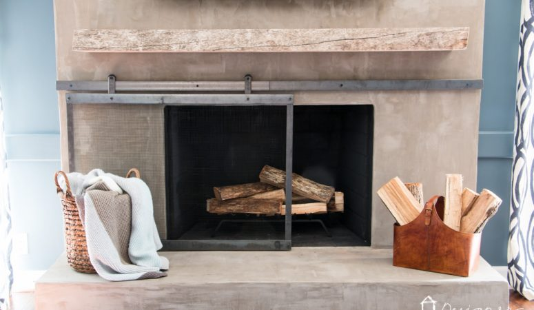 How to Make a Barn Door Style Fireplace Screen