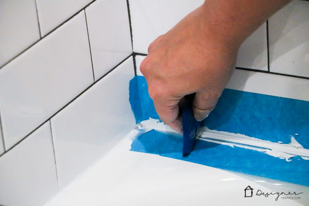 These Instructions For How To Caulk A Bathtub Are Super Easy To Follow And  Will Give