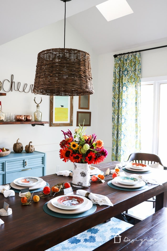 WOW! This Fall dining room is so warm and welcoming! Love the furniture and decor. #ad #Pier1Love