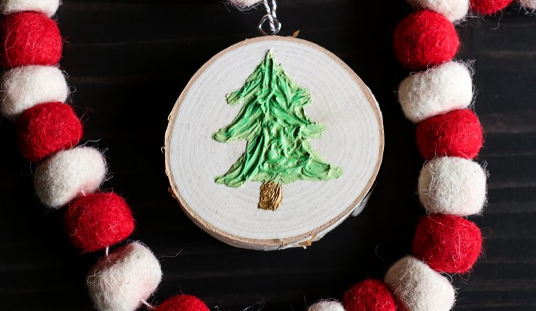 How to Make Christmas Ornaments With Texture