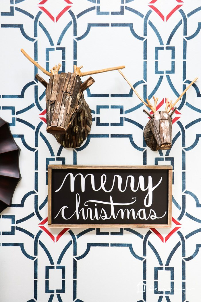Love the ideas for Christmas decorations and this relaxed and cozy Christmas home tour!