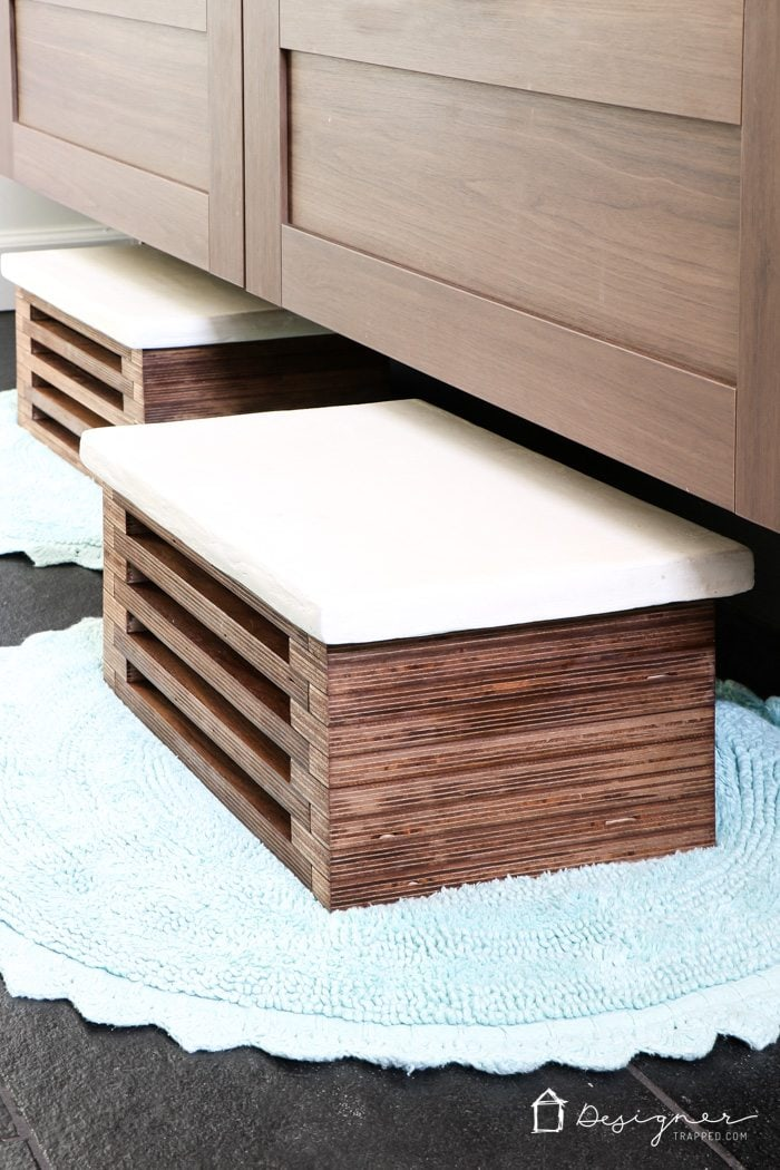 Wooden Step Stool Bedside: DIY Wooden Step Stool With White Concrete Top