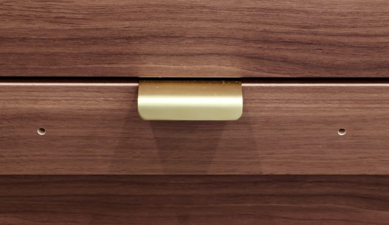 Ikea Cabinet Doors & Drawers HACK (now you don't have to use the pre-drilled holes!)