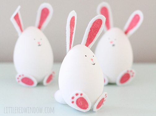 Check out these adorable Easter craft ideas from lots of different bloggers! There are some great Easter decor and Easter decorations in this round-up!