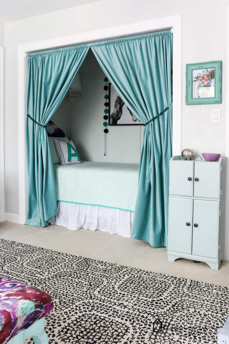 turning a bedroom into a closet how to turn a closet into a bed nook designertrapped 20923