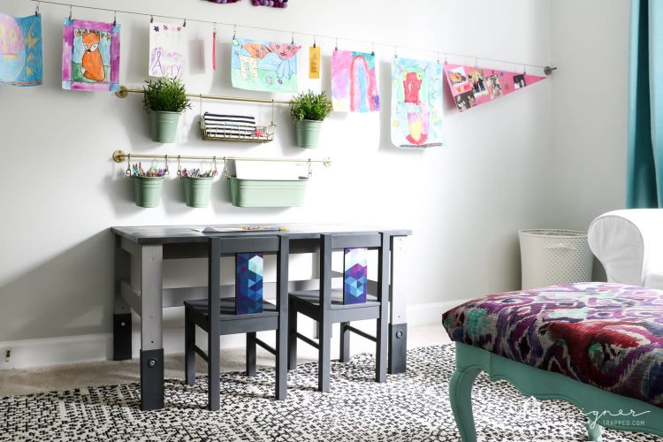 OMG--I can't believe this is an Ikea kid's table and chairs! An Ikea kid's table and chairs can look super stylish with just a little bit of work. This Ikea kid's table and chairs makeover is so easy and gorgeous! Click for the full tutorial with step-by-step photos.