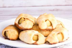 apple pie bites on plate